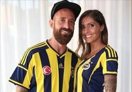 Futbolcuların Eşlerini Tanıyormusunuz?