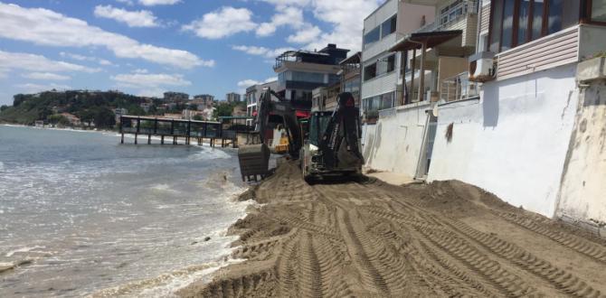 Değirmenaltı Sahili Temizleniyor