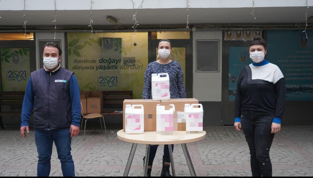 Kahveci esnafına 300 litre dezenfektan desteği