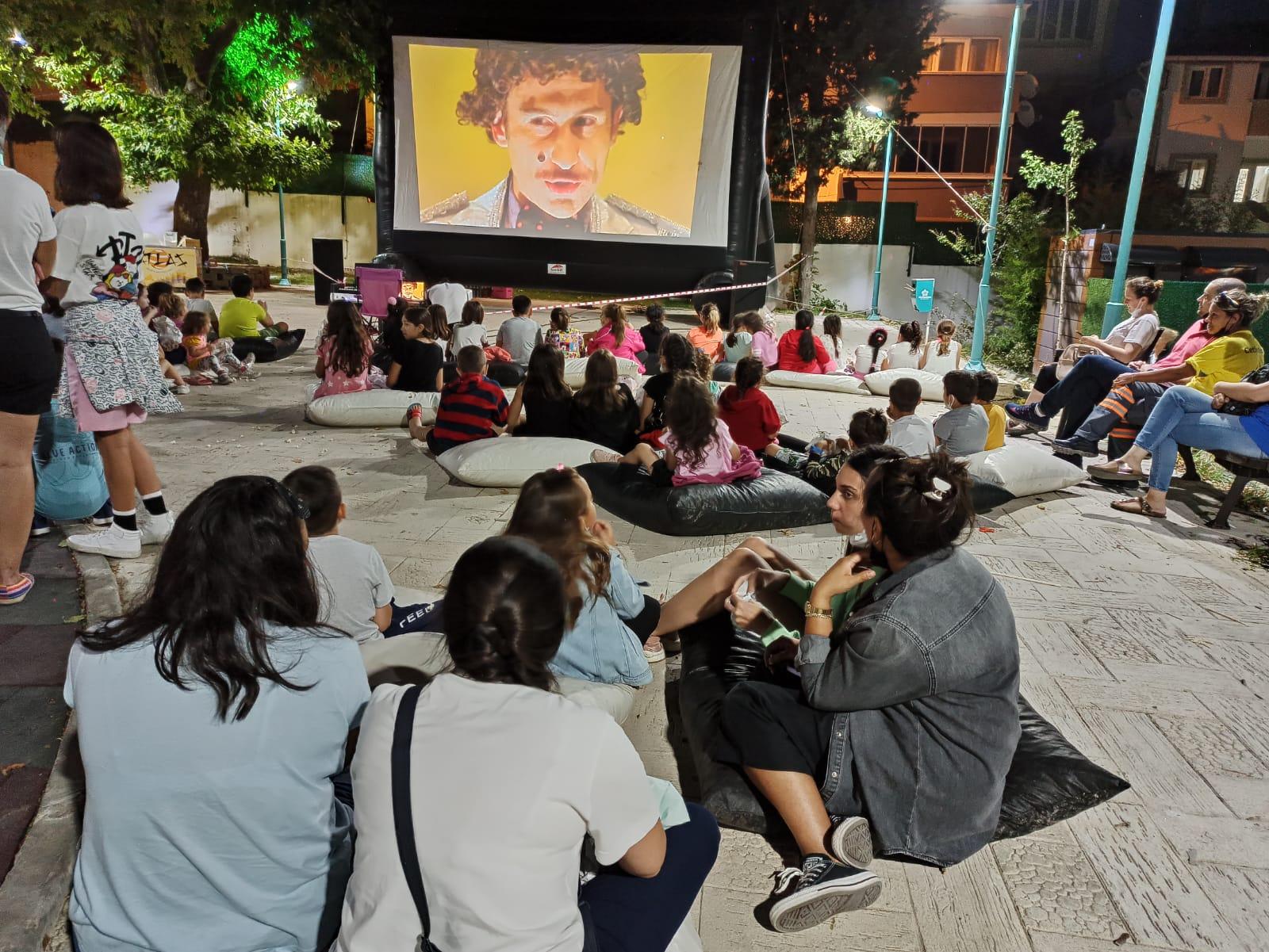 Süleymanpaşa Belediyesi Açık Hava Sinema Günleri başladı